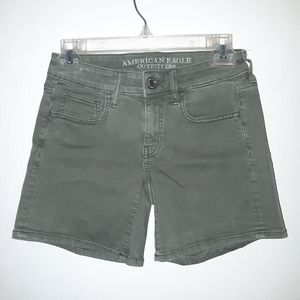 American Eagle army green size 2 shorts